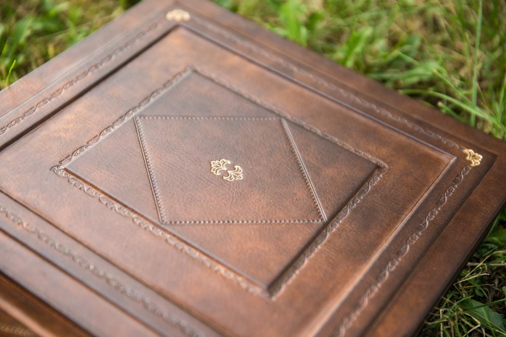 leatheralbumwedding