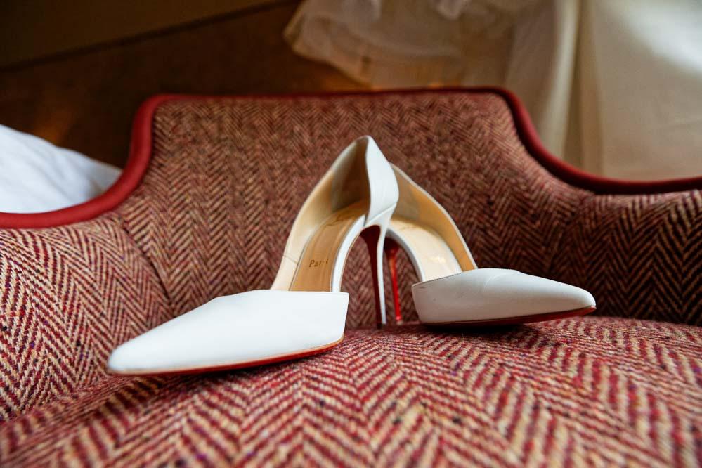 simple-intimate-wedding-castle-009-jpeg