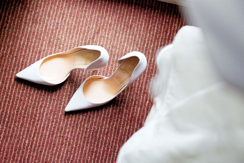simple-intimate-wedding-castle-025-jpeg