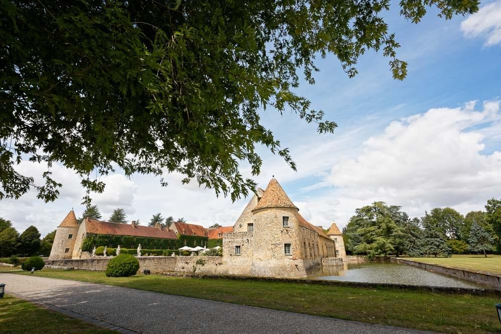 simple-intimate-wedding-castle-050-jpeg