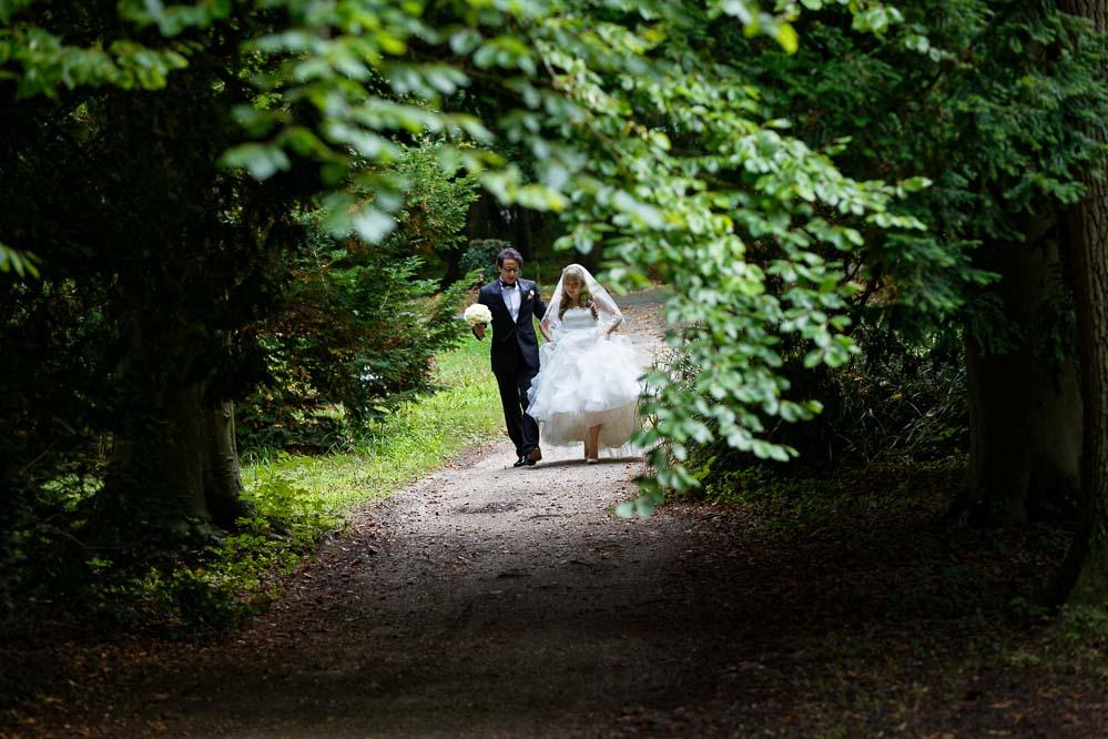 simple-intimate-wedding-castle-072-jpeg