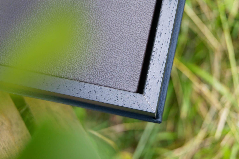 Detail photo wedding album leather