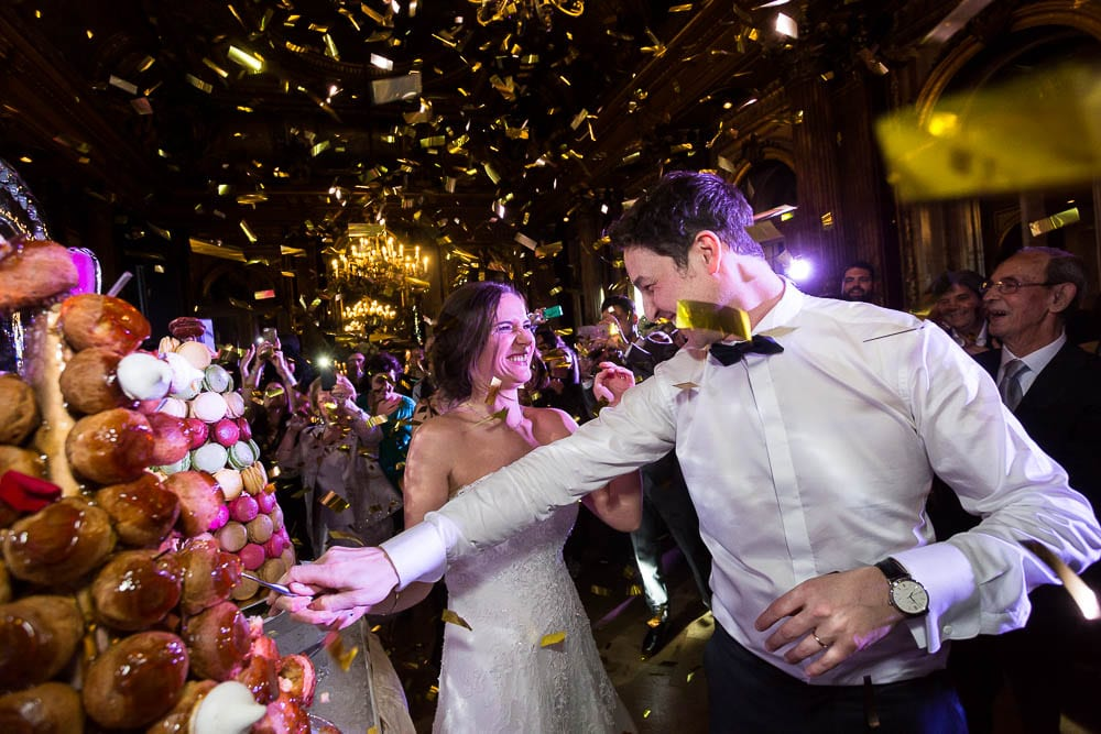cake cutting with confetti