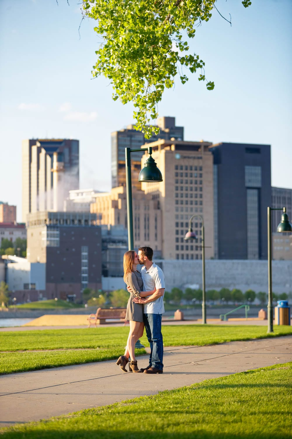 passionate kiss with a modern background