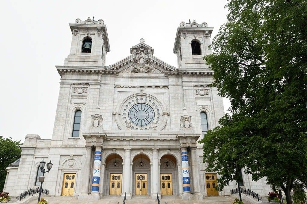 exterior view of Basilica of Saint Mary Minneapolis