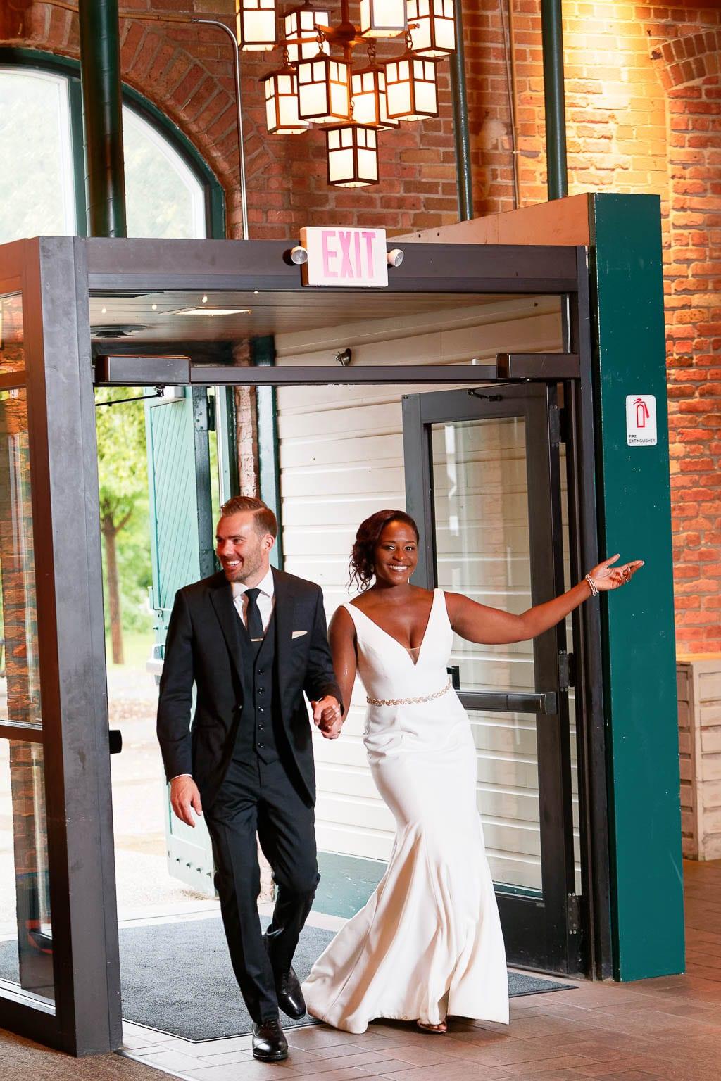 nicollet pavilion wedding 11