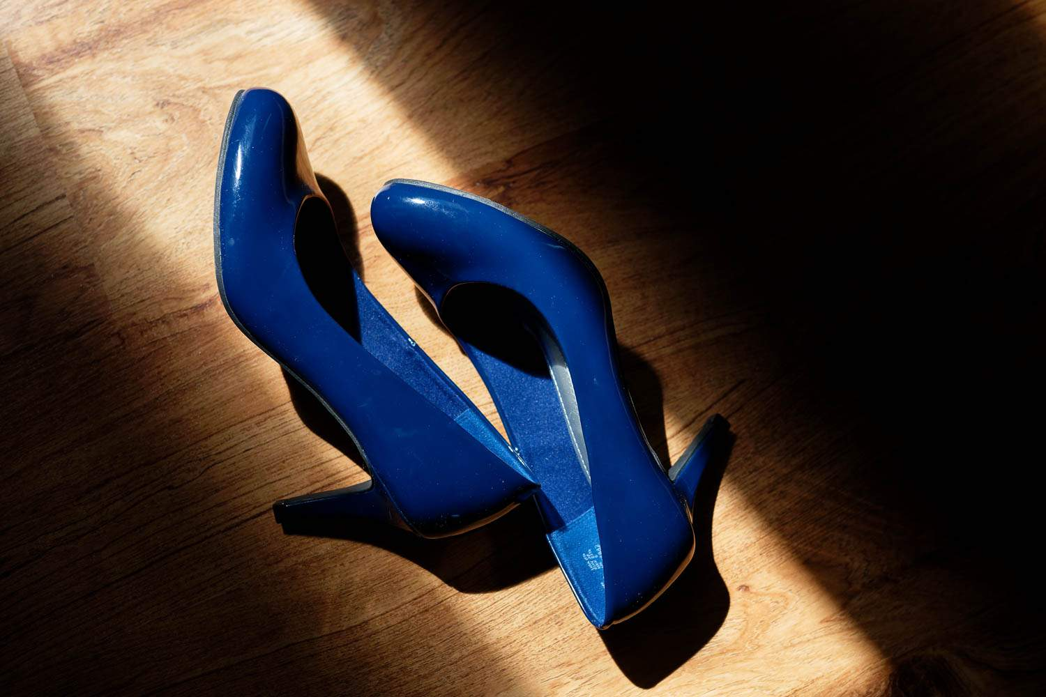 mid heel blue shoes