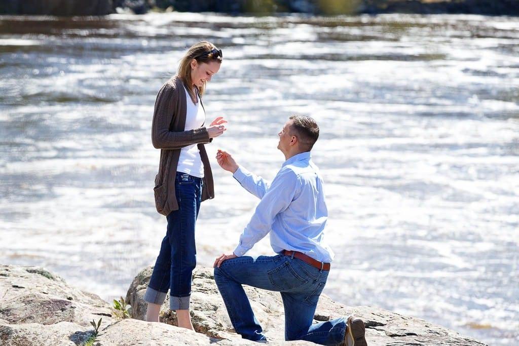 surprise mariage asking