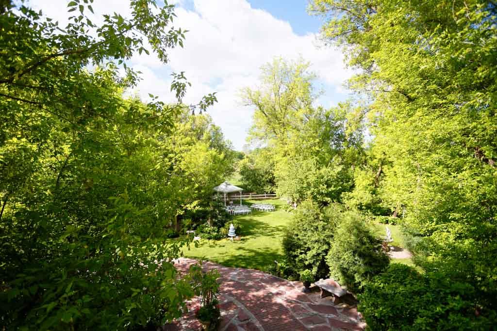 trellis outdoor gardens