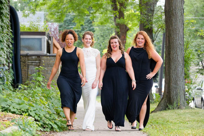 walk like desparate house wifes