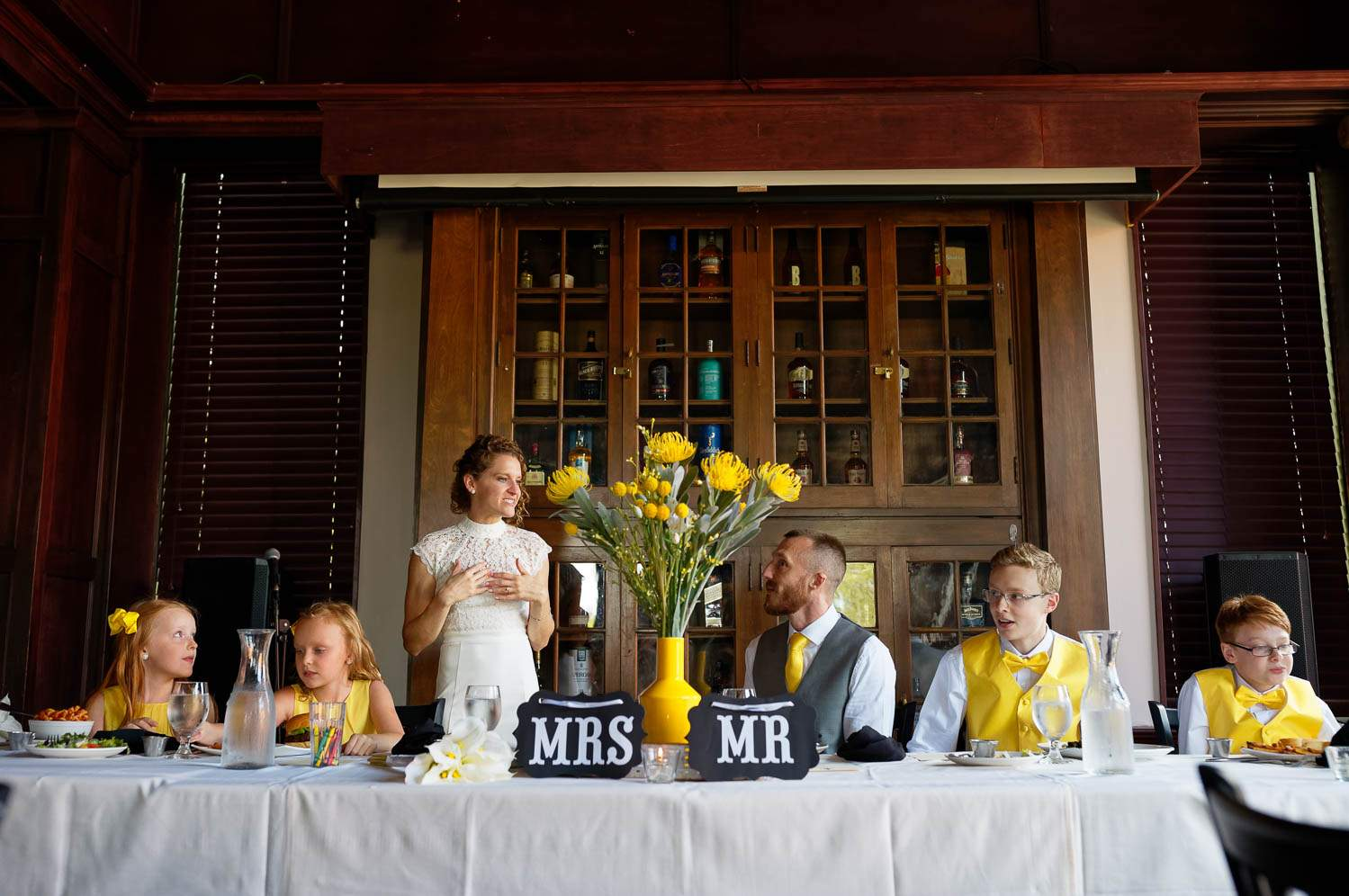 yellow Wedding diner mrs and mr