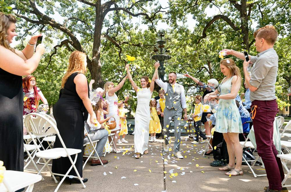 intimate wedding saint paul with immediat family