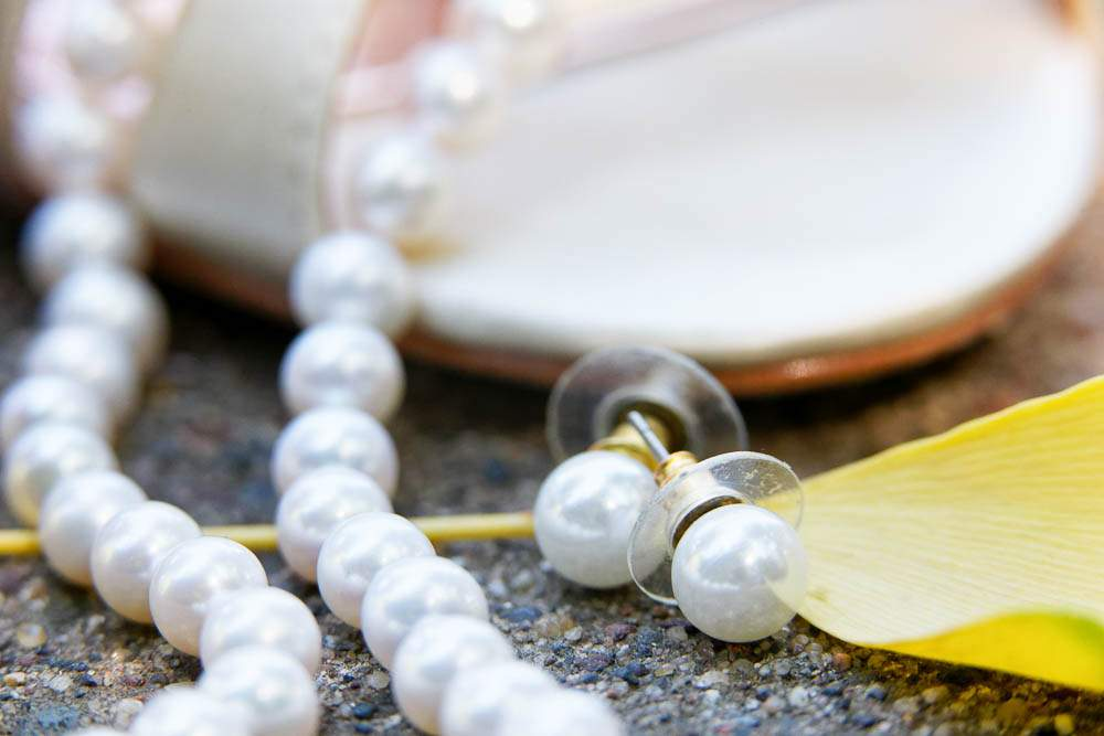 — neckless and earing pearl —