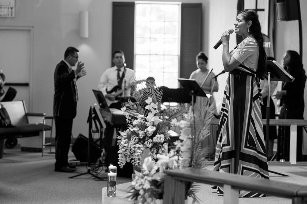 black and white singer faith lutheran church shakopee mn