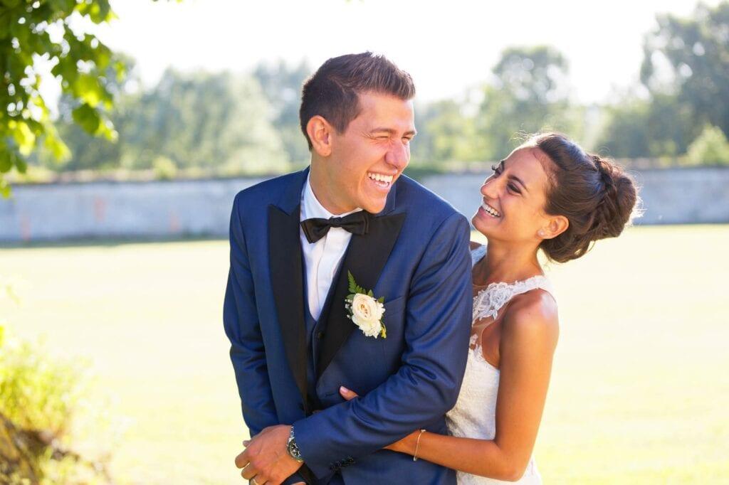 09 complicity between newlyweds