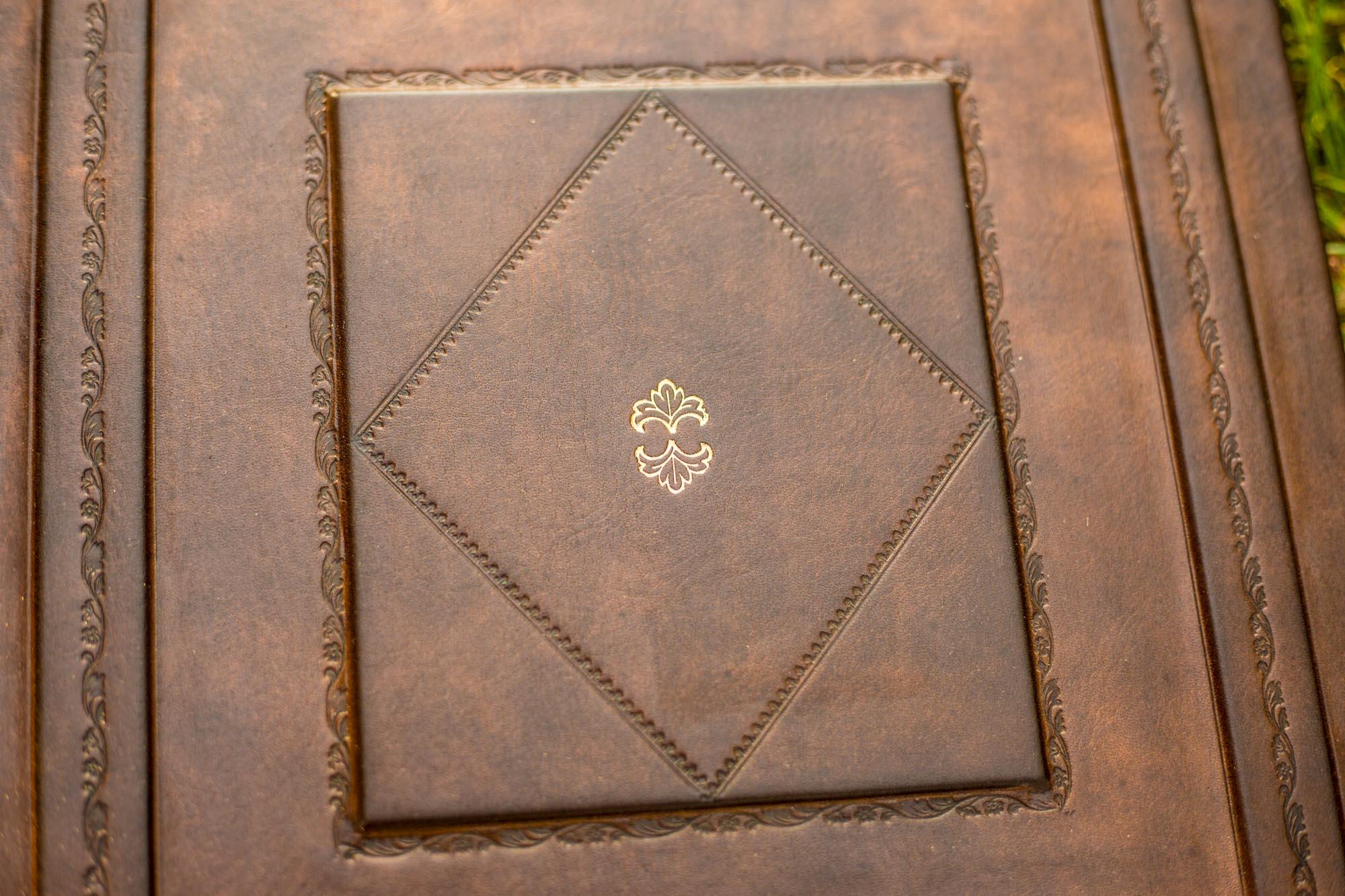 album classique cuir